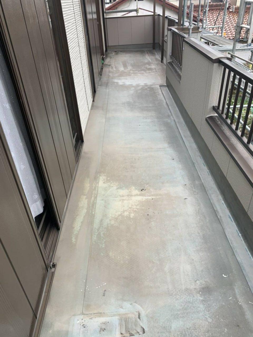 岡崎市K地区波板張り替え、コーキング、ベランダウレタン防水工事3