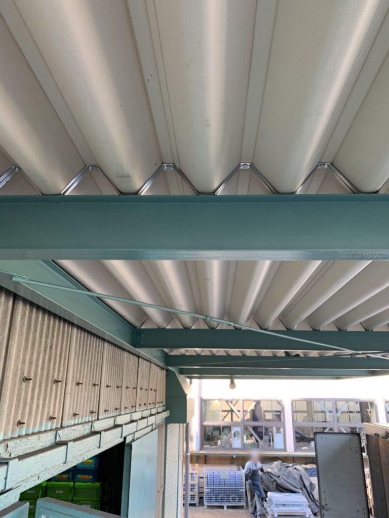 守山区株式会社Y様折板屋根取り付け完了1