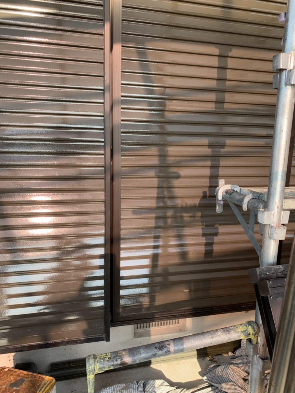 下地工事サイディングを張らない部分の塗装工事2