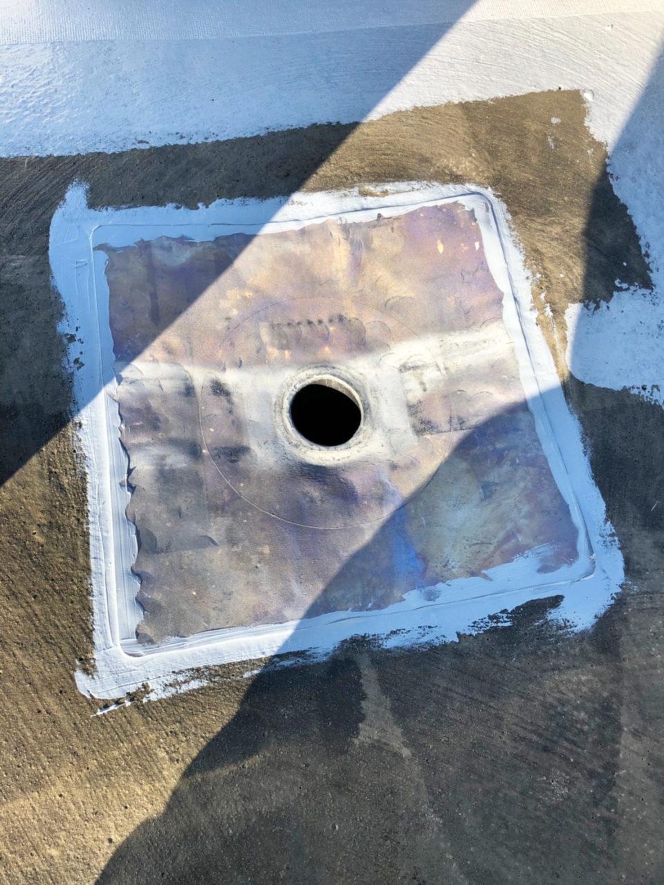 安城市防水工事下塗り立ち上がりメッシュ貼り1