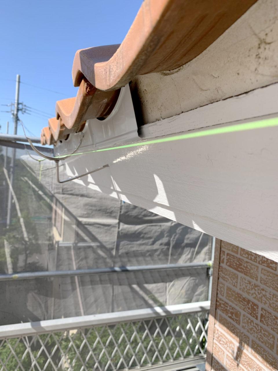 多治見市サイディング工事 面戸雨樋金具の取り付け1