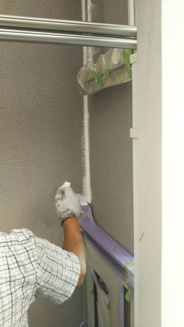 多治見市外壁塗装工事シーラー塗り状況2