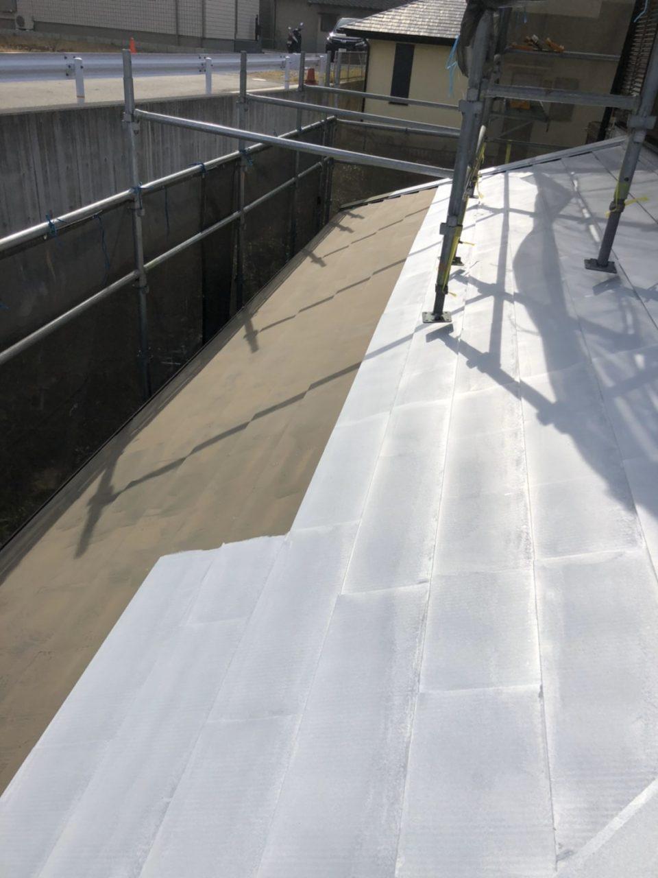 屋根シーラー 中塗り2
