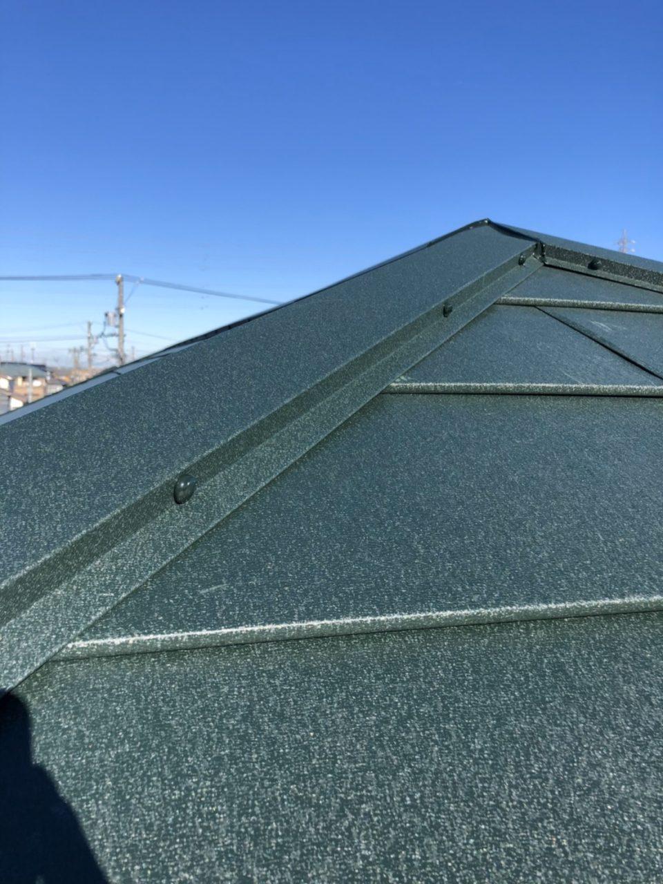 岡崎市N地区ガルテクト大屋根コーキング工事で工事完了2