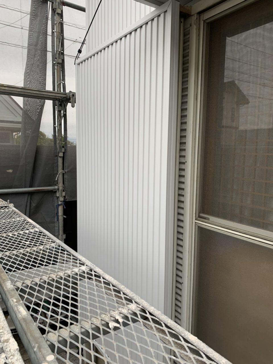 三重県鈴鹿市サイディング張り替え破風鼻隠し板金工事2